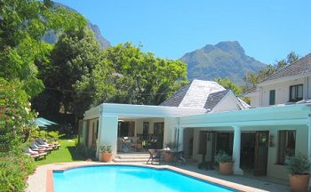 Stay Centred - Luxury Guesthouse accommodation in the heart of Cape Town's Southern Suburbs